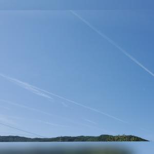 飛行機雲☁