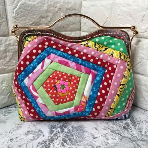縫い付けタイプのがま口バッグ 私が作るとこうなるの。