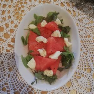 <フルーツサラダ>すいかとブルーチーズのサラダのレシピ!甘じょっぱさと爽やかさがマッチ