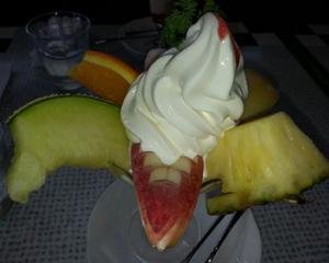フルーツパフェ万歳