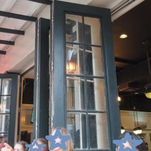 【ルイジアナ州】シーフードとクレオール料理店 Felix's Restaurant & Oyster Bar で夕食
