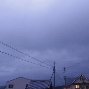 これから台風14号が近づくらしい。