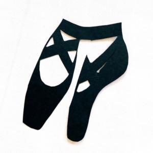 ★紙袋にバレエ風リボンBallet-style ribbon