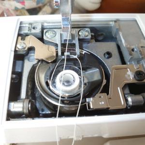 機械系だけど機械が苦手な理系女がミシンの上ブタを開けてみた