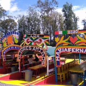 特別な誕生日 En Mexico Xochimilco y Venezuela Caracas