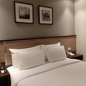 スンギギのおすすめホテル@Montana Premier Hotel