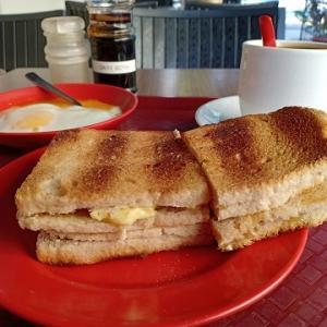 シンガポールの朝ごはん@Ya Kun Kaya Toast