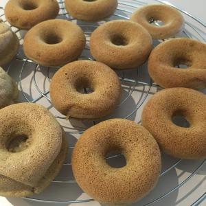 ::グルテンフリー:: 自宅隔離中にドーナツを極める。