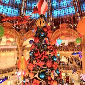2020年、今年のギャラリーラファイエットのクリスマスツリー (と、ロックダウン中の盗難対策)