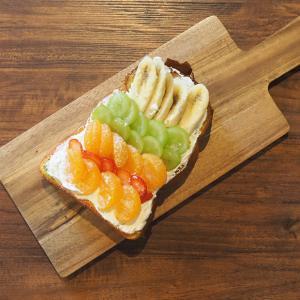高槻 ヴァスコ・ダ・ガマさんのぷりっぷり焼きホルモンカレー&手作りレインボー食パン。