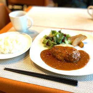 堺筋本町 Salt&Pepperさんで絶品チーズハンバーグ。
