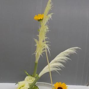 1日と同じ花材で花奏 2