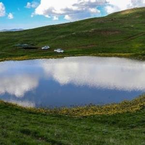 風呂の栓を抜くみたいに、湖が無くなった!
