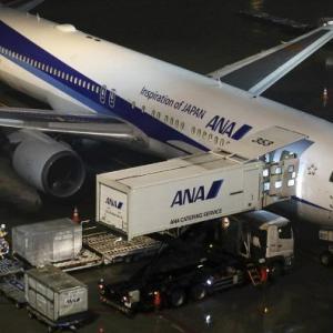 【中国人の反応】チャーター機で帰った日本人206人のうち3人がウイルスに感染!!中国人「感染率1.5%!?武漢の1400万人は・・・」