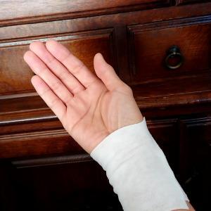 手首を捻る( ;;  )