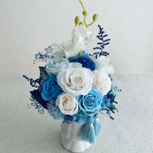 爽やかブルーのプリザ仏花