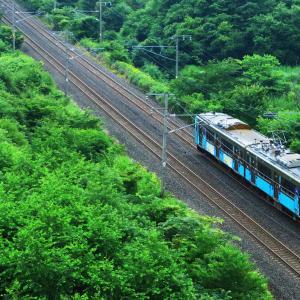 青い森鉄道の沿線風景を撮影する。