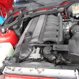BMWの水漏れ修理!