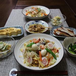 マルタイ皿うどんの太麺タイプの晩ごはん