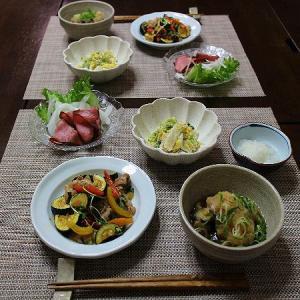 ズッキーニと豚肉の青じそ炒め☆野菜たっぷりの晩ごはん
