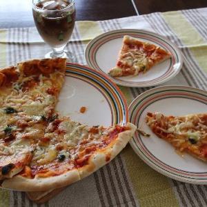 ジャンボピザ・・・オーブンも使えるイッタラのオリゴシリーズ