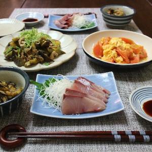 ナスと豚肉の高菜漬け炒めとお刺身