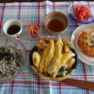 ランチは惣菜の天ぷらセット♪