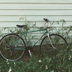 ハイジ号は古いプジョーの自転車