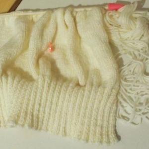 編み物〜!