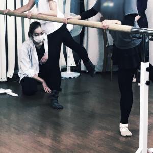 一緒に学ぼう!おニャーさんのバレエメンテナンスの学校① 〜骨盤と脚の切り離し編〜