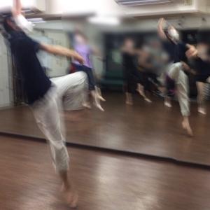 ジャンプの種類を整理:順番を覚えやすくしよう!|大人のバレエ上達