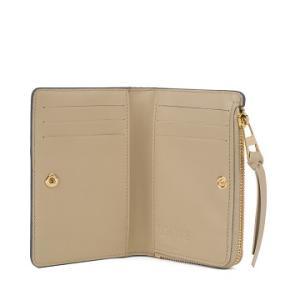 お財布_Scyeにしました。