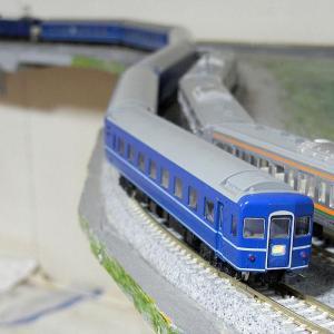 TOMIX製日本製初期14系寝台客車とマイレイアウト走行