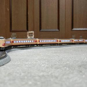 TOMIX製初期品381系整備完了と試運転