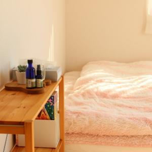 無印だらけの寝室にダイソーのコレ!3拍子そろった優秀グッズで、使いやすく&快適になりました!