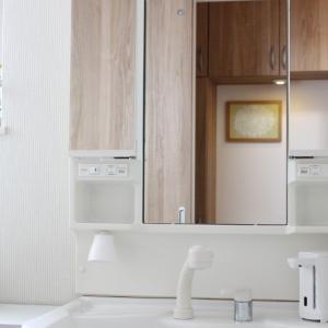 わが家の狭い洗面所。セリアのコンパクトな便利グッズでラクしてキレイになる仕組みができました!