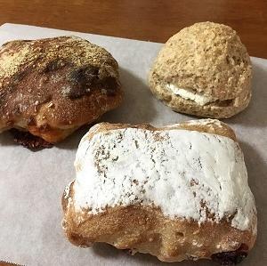 soilと山の上ベーカリーのパン 今日焼いた角食パン