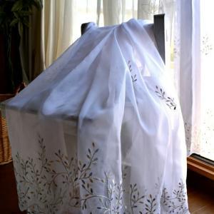 トルコ刺繍レースのカーテン