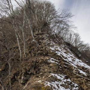 虫倉山 岩井堂コース 鎖場と急登の難易度高めのコース