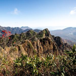 戸隠西岳 難易度の高い西岳から戸隠山への縦走