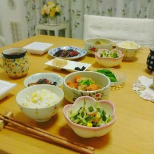 トウモロコシご飯と8月のルリマツリ