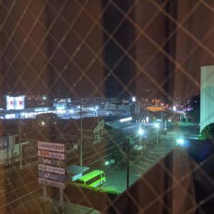 とりあえずホテルからの夜景(#^.^#)