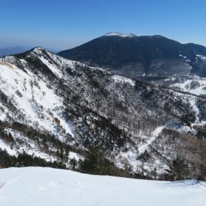 雪の東篭ノ登山・2:ワカンでのほほん林道さんぽ