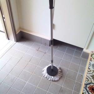 最近の玄関土間掃除の様子