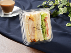 【ローソン】SANDFULL チキンステーキとトマトサンド