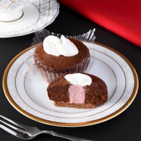 【ファミリーマート】ショコラケーキ ルビーチョコソース