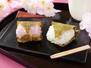 【ローソン】桜餅(こしあん)