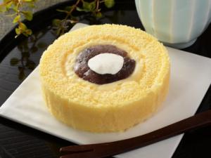 【ローソン】Uchi Café×八天堂 あんバタかすたーどロール