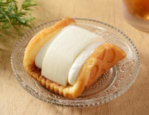 【ローソン】チームッフル -スフレふんわりワッフル レアチーズ-