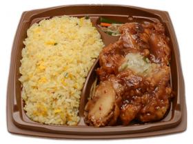 【セブンイレブン】まんぷく!たっぷり卵の炒飯&やみつき油淋鶏